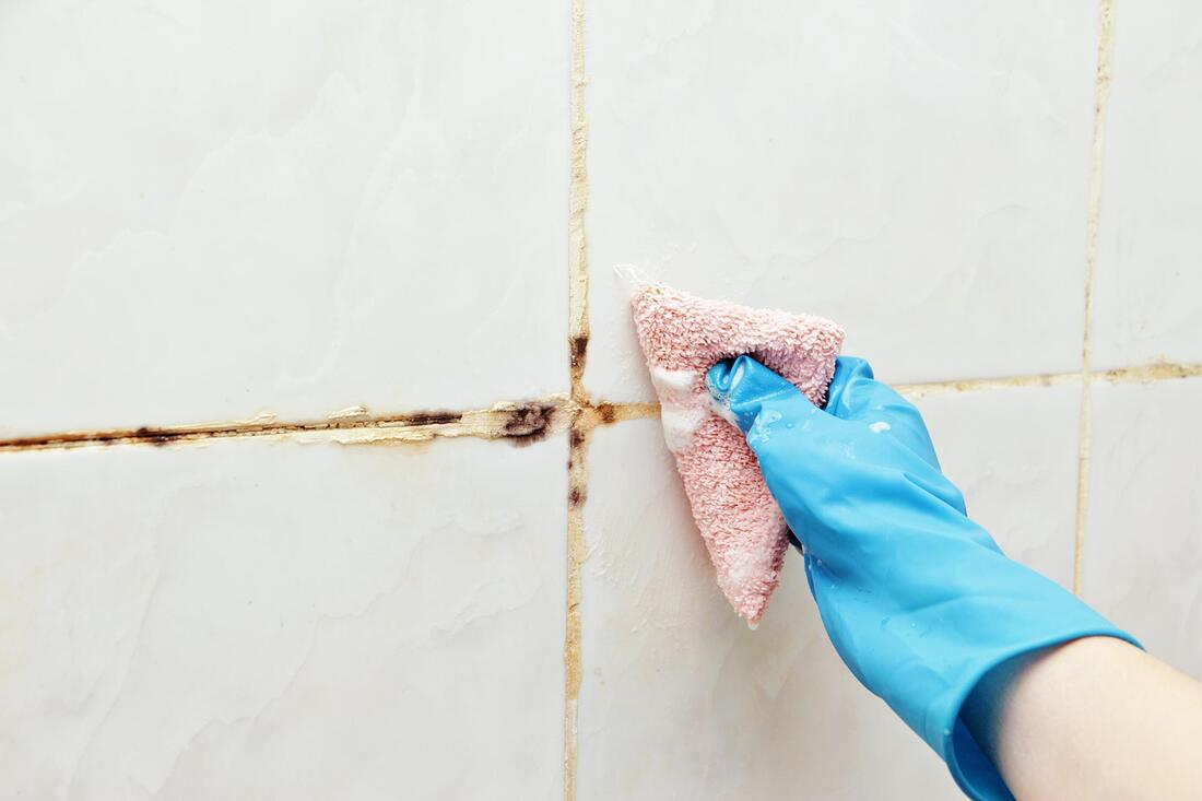 dirty tile grout cleaning